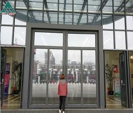 大型场馆门
