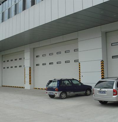 沈阳工业门